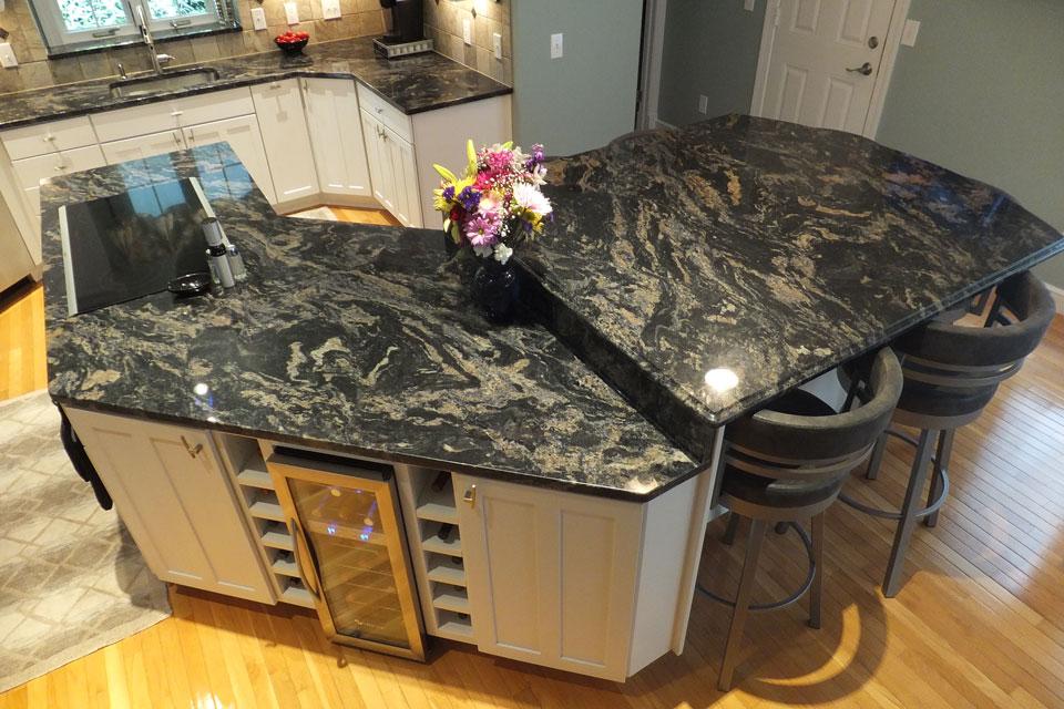 kitchen-center-island-rc-carpentry.jpg