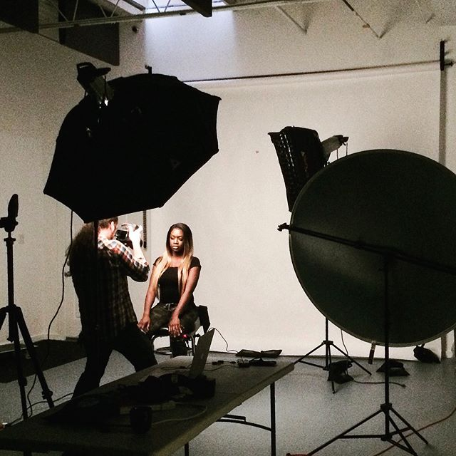Dramatic lighting at this shoot with @natti3b00 . #torontomodels #torontostudio #canoncameras #seductivepose #studiolights