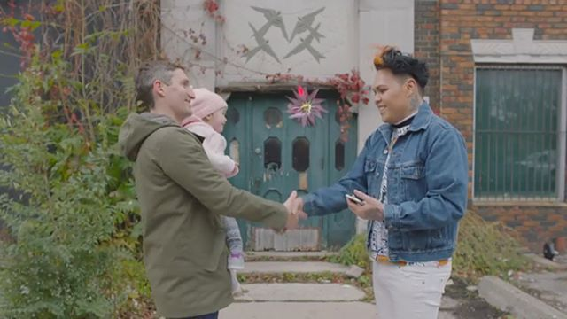 Very proud to have worked on this new spot for @bunz_official. See the full ad here: https://youtu.be/35-9TqpaXLE  #bunz4ever #bartering #toronto #voiceover #torontostudio #handshakes