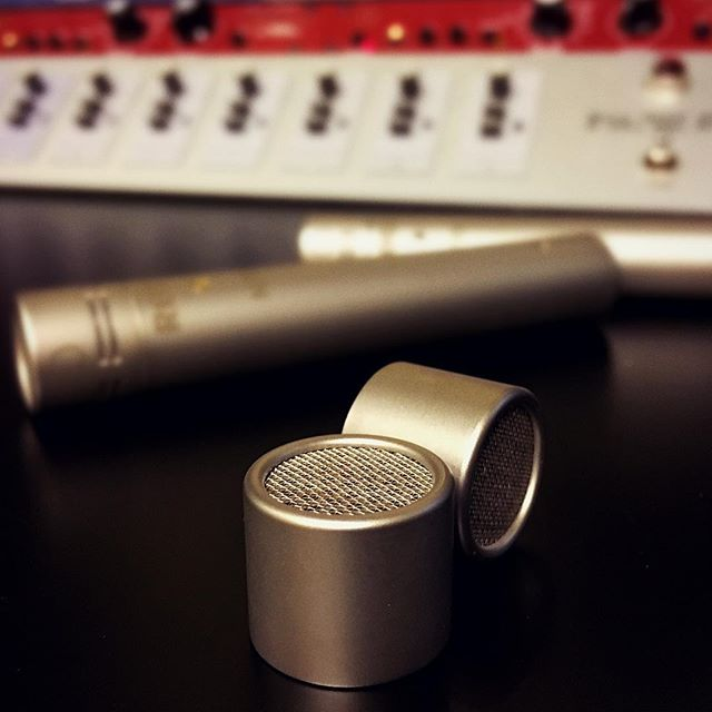 Directional microphones are especially great for less than optimal recording environments. But in an acoustically treated studio, nothing beats that in-the-room sound of an omnidirectional mic. Our pencil condensers can now do both, and that makes us very excited. Welcome to the family little ones. #torontostudio #torontomusic #rodemicrophones #omnidirectional #recordingengineer #gearporn