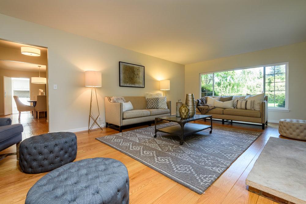 051_Living Room.jpg