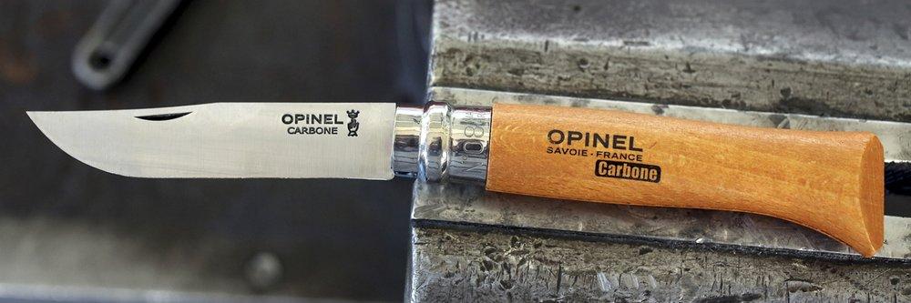 The classic beech wood handle