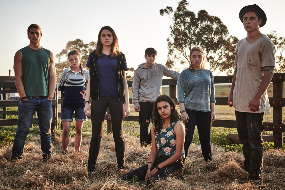 Ep 2 BK 0232 (L-R) Andrew Creer as Kevin_Madeleine Clunies-Ross as Fiona_Molly Daniels as Ellie_Jon Prasida as Lee_Madeleine Madden as Corrie_Fantine Banulski as Robyn & Narek Arman as Homer in TWTWB. An Ambience Entertainment Prod. for ABC3.jpg