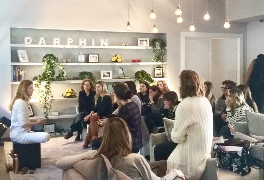 MINDFULNESS | DARPHIN  Μιλώντας για το mindfulness, κάνοντας διαλογισμό μαζί και μαθαίνοντας απλούς τρόπους να αντιμετωπίζουμε το στρες για τη Darphin στο Tatoi Club.