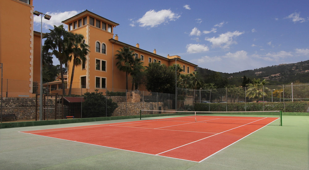 Tennisplatz, La Pergola