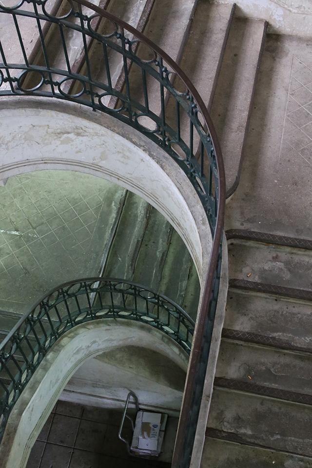 Porto-market-mercado-bolhao-stair