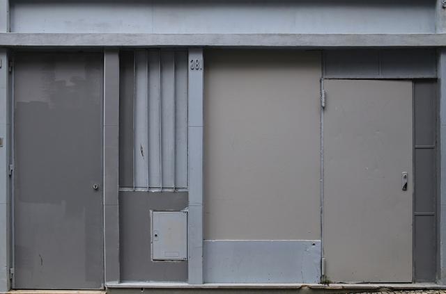 Porto-shopfront-architecture-1