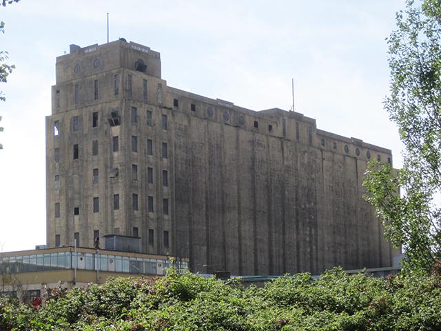 Spiller's Mill grain silos
