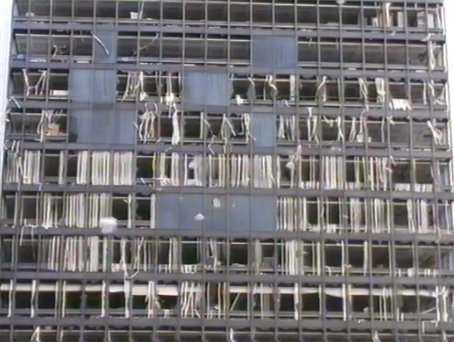 Commercial Union Building (now St Helens) in the City after the IRA Baltic Exchange bombing