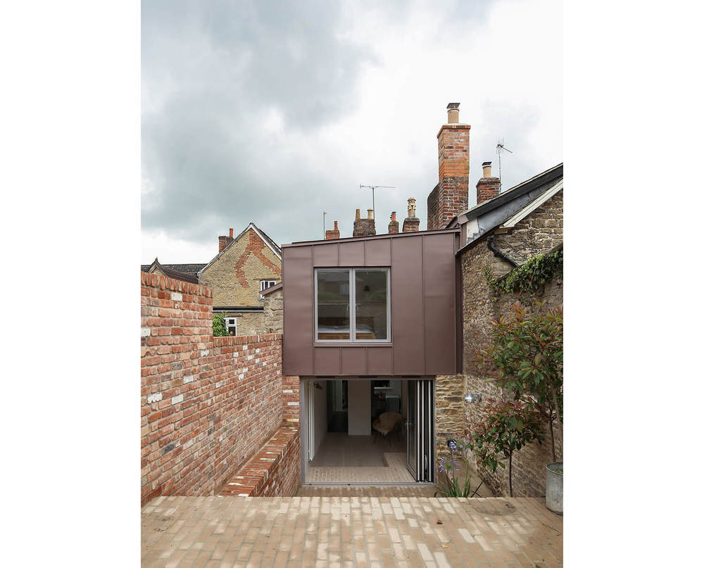 Bruton-Narrow-House-Somerset-Prewett-Bizley-Architects