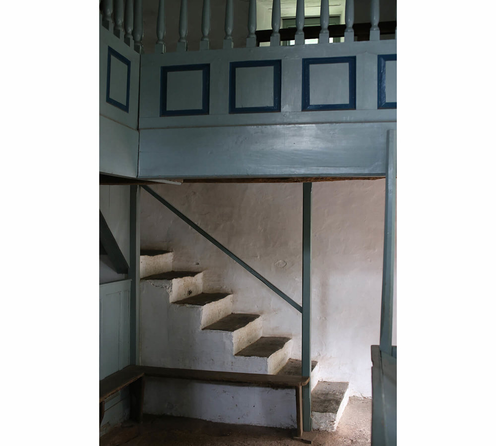 Pen-rhiw-Chapel-St Fagans-staircase-Welsh-Vernacular
