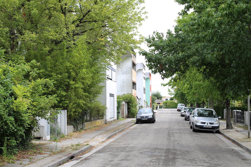 Le-Corbusier-Cite-Fruges-Pessac-street-Bizley-Somerset-Architect.jpg