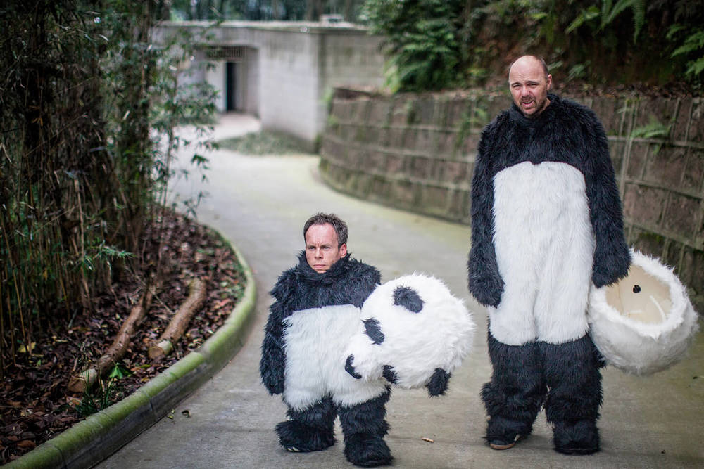 Karl Pilkington and Warwick Davis-Idiot Abroad/SKY