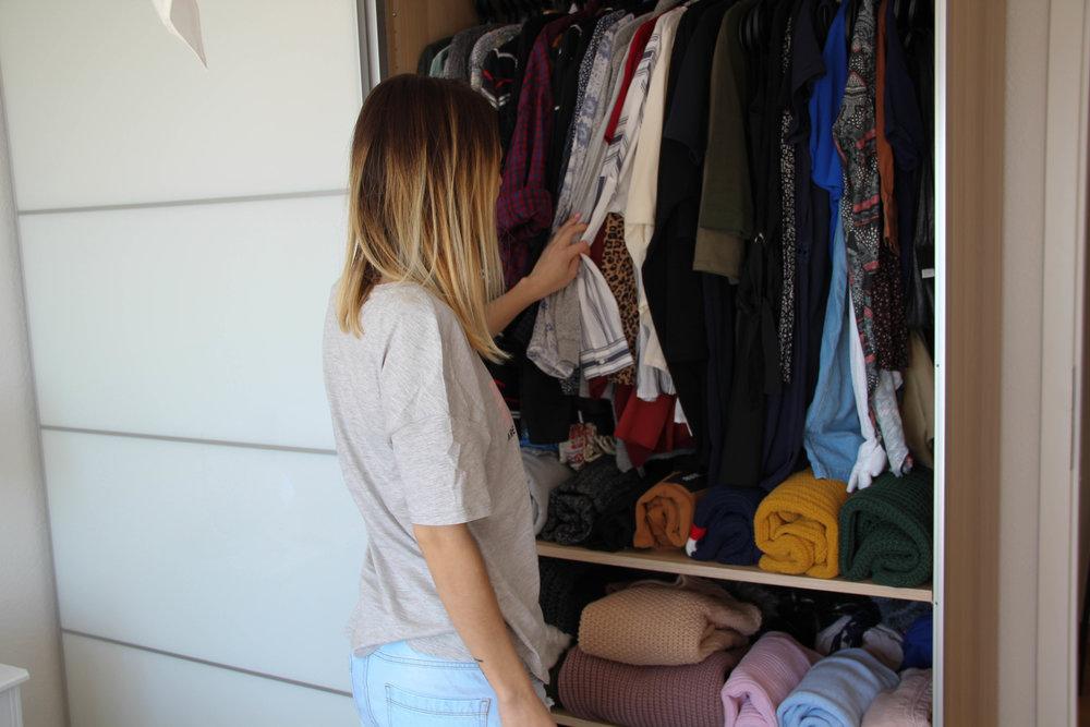 Dressing de Melody rangé selon la méthode KonMari développée par Marie Kondo