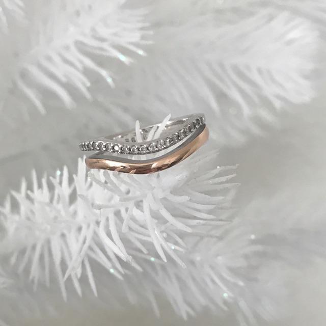 Quelle femme n'aime pas de beaux bijoux? Nous aimons en tout cas!
