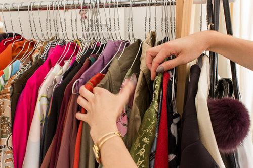 choosing+items.jpg