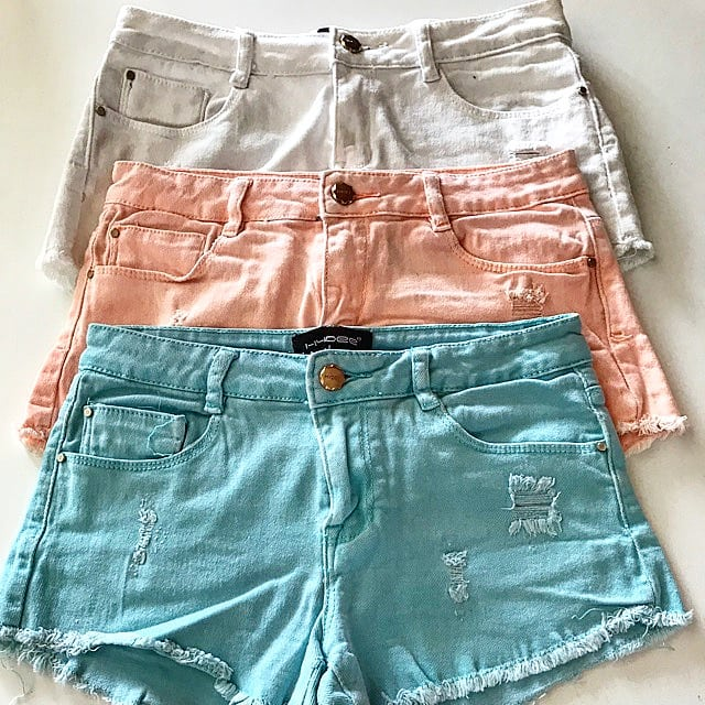 Prepare yourself 😎 Summer is coming ☀️☀️☀️ . . . #prepareyourself #summeriscoming #hotweather #switzerland #shorts #fashion #tradonoswiss #goodvibes #vintagefashion #secondhand #vintagelove #summervibes