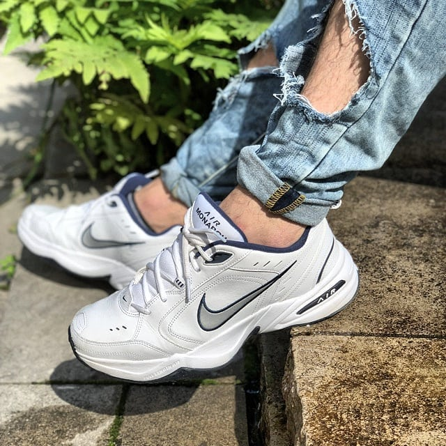 Dear #nikeairmonarch shoes, I love you❣👟Link in bio👀 . . . #MostlyMonarchs #nike #nikemonarch #monarch #nicekicks #shoeaddict #theylookgood #fashionlook #summerstyle #sneakernews #sneakers #shoes #airmonarch #tradonoswiss #goodvibes #vintagefashion #secondhand #secondhandfashion
