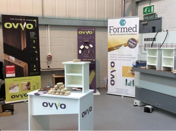 OVVO® Verbindersystem auf der Hausmesse von BIESSE UK.