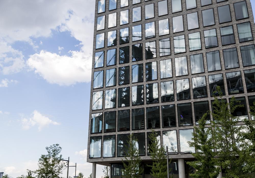lindsay_michelle_nyc_buildings6.JPG