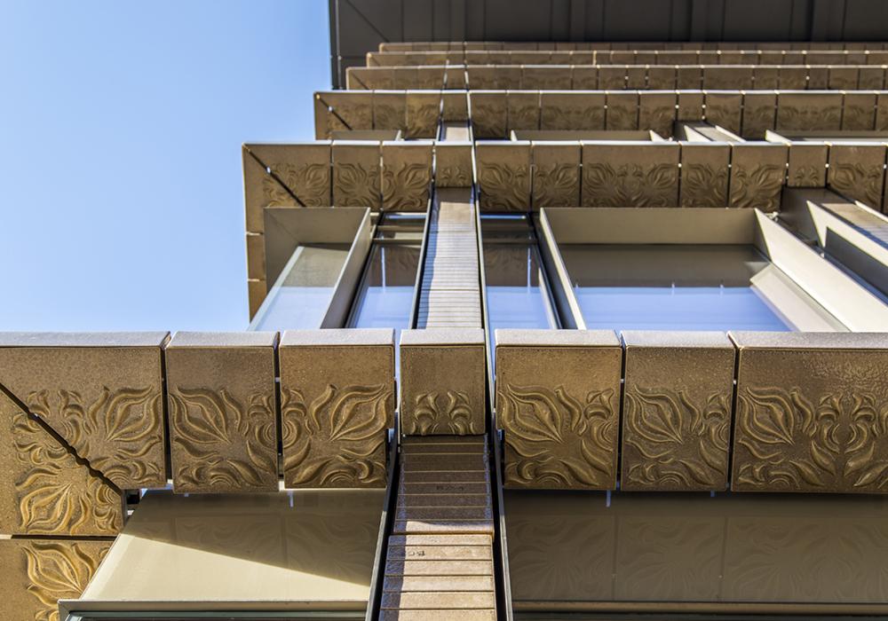 lindsay_michelle_nyc_buildings15.JPG