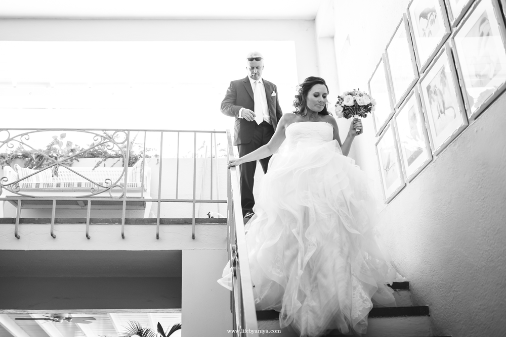 Life PhotographybyAniya_LoneStarRestaurant_BarbadosWeddingPhotography20160505_08.png