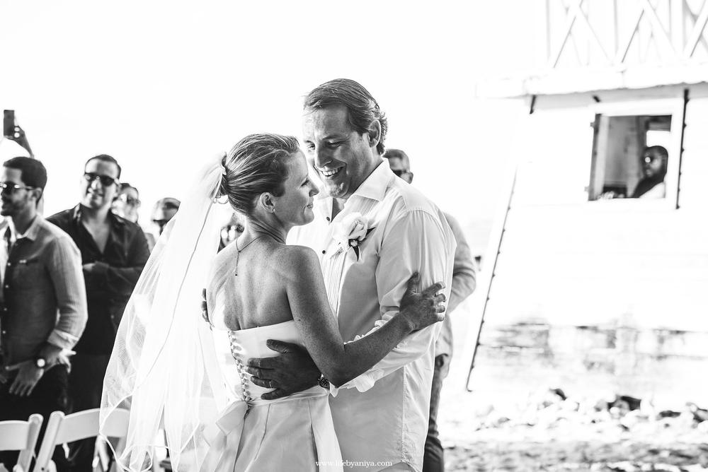 Life PhotographybyAniya_The Drift Restaurant Barbados_WeddingPhotography20160505_08.png