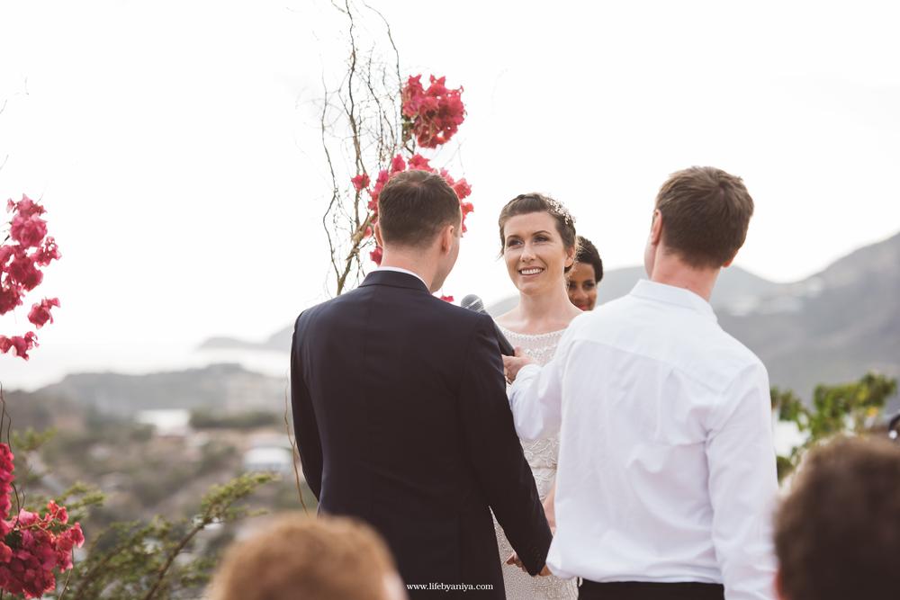life_photograph by aniya_barbados_destination_wedding_photographer_antigua_admirals_inn_interpretation_center_11.png