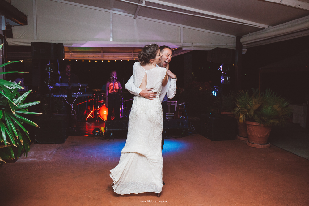 life_photograph by aniya_barbados_destination_wedding_photographer_antigua_admirals_inn_interpretation_center_27.png