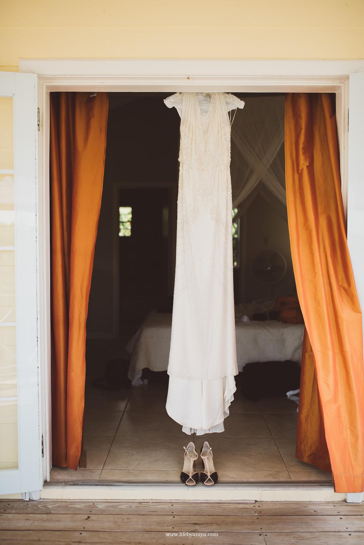 life_photograph by aniya_barbados_destination_wedding_photographer_antigua_admirals_inn_interpretation_center_32.png