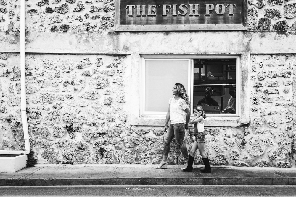 Life PhotographybyAniya_Fisher Pot Restaurant Barbados_Family Photography20151213_22.png