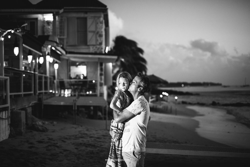 Life PhotographybyAniya_Fisher Pot Restaurant Barbados_Family Photography20151213_33.png