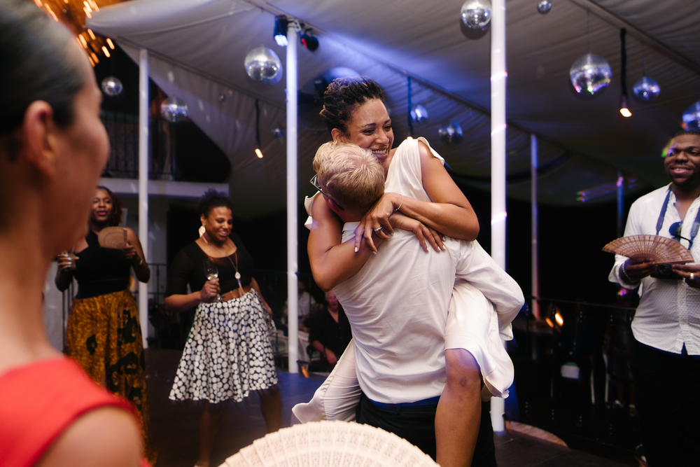 lifephotography by aniya_barbados_wedding photography_the cliff beach club weddings31.png