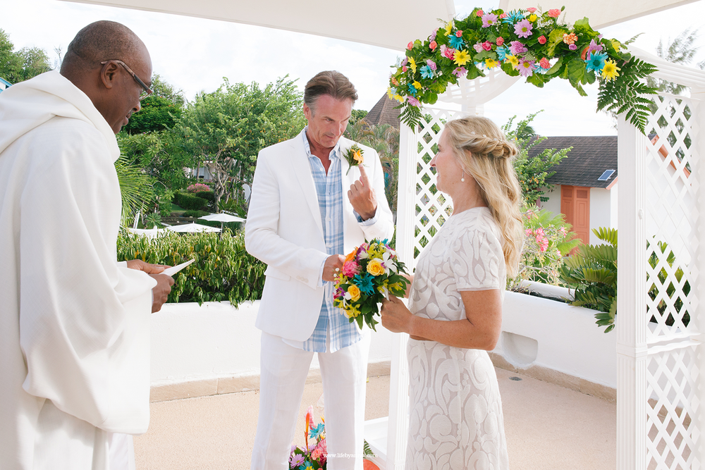 barbados-wedding-photography-life-photography-by-aniya-crystal-cove-hotel-barabdos-ts04 (1).png