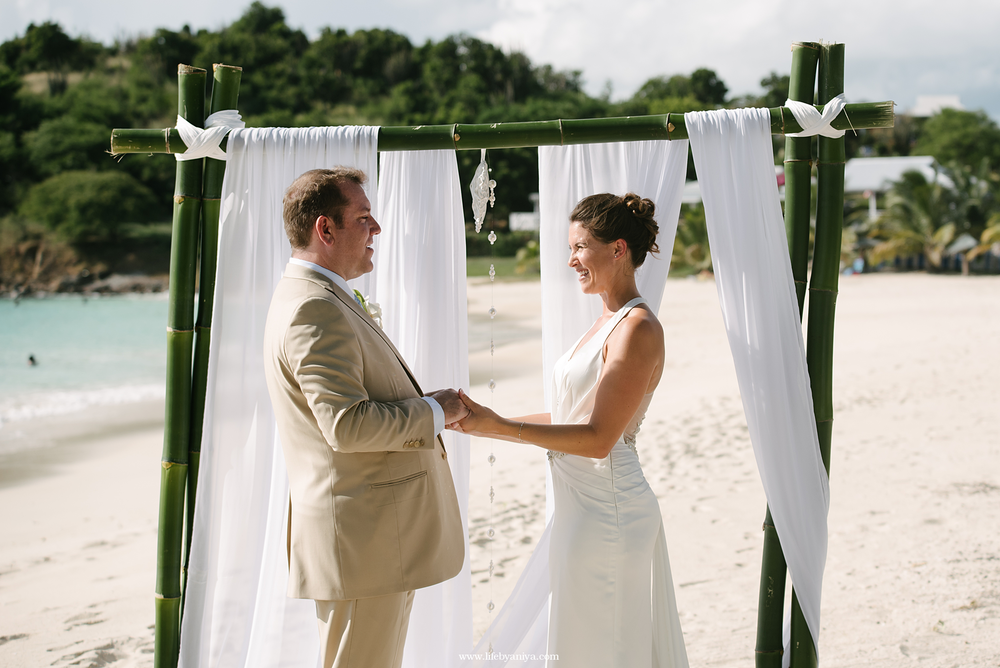 barbados-wedding-photography-jolly-harbor-antigua-sugar-ridge-hotel059.png