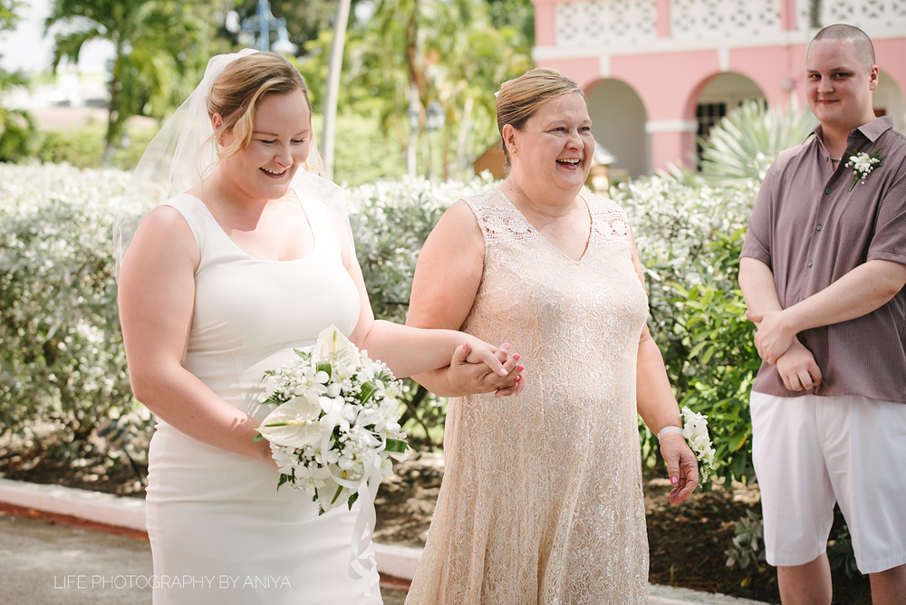 life-photography-by-aniya-kristiina-carl-wedding-dec1-2016--32.png