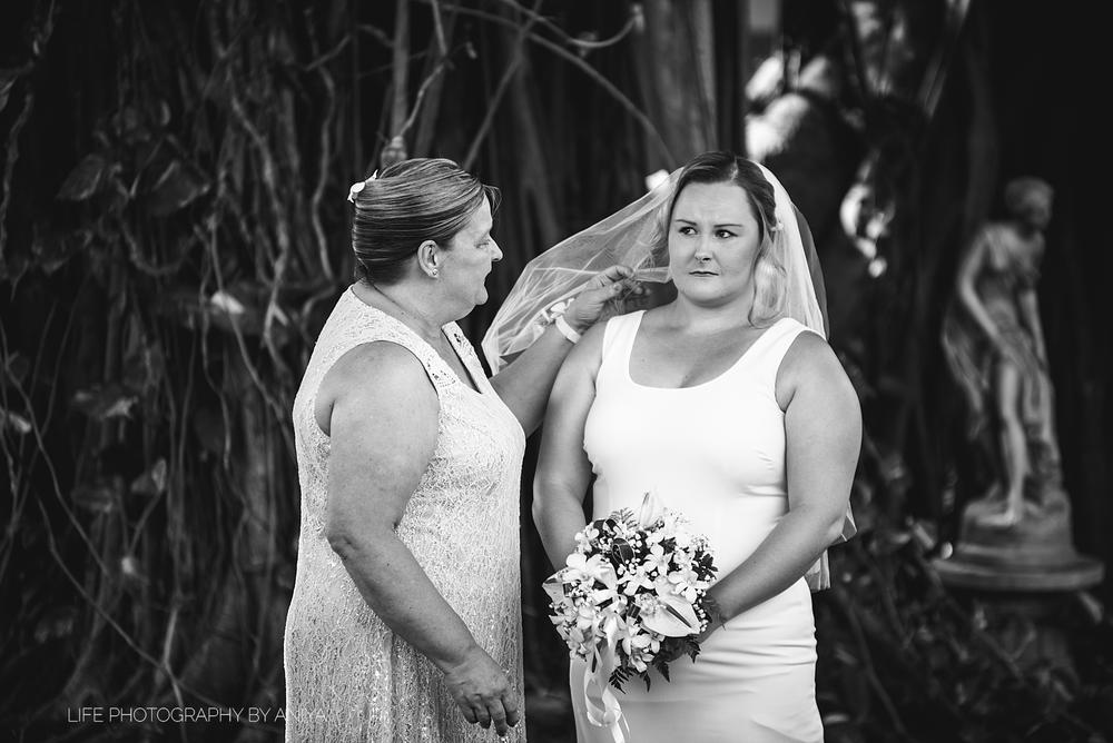 life-photography-by-aniya-kristiina-carl-wedding-dec1-2016--243.png