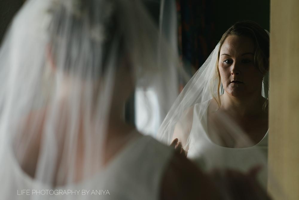 life-photography-by-aniya-kristiina-carl-wedding-dec1-2016--10.png