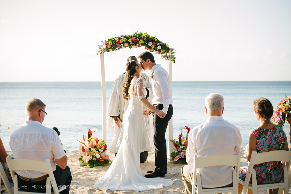 barbados-wedding-photography-the-crystal-cove-hotel-mm087.png