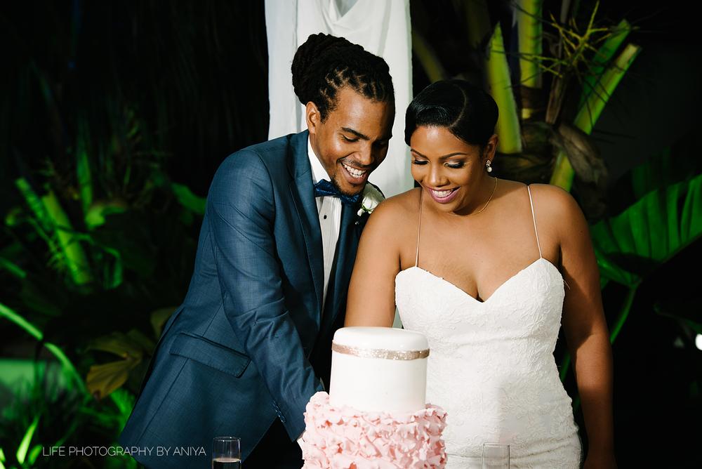 barbados-wedding-photography-the-soco-hotel-st.matthias-church-ka-17.png