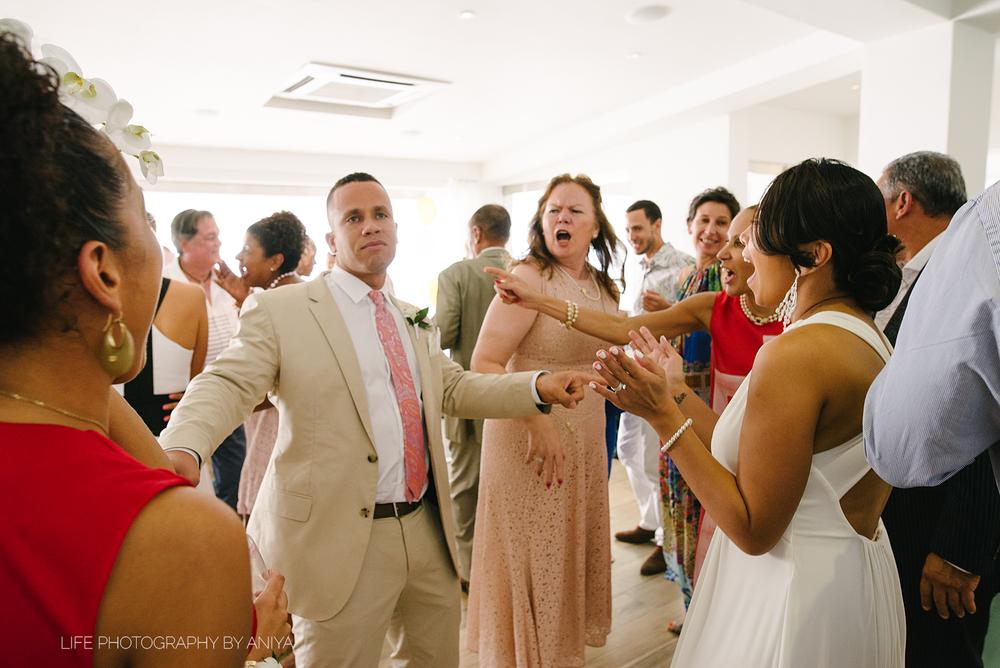 life-photography-by-aniya-lorena-gerren-wedding--413.png