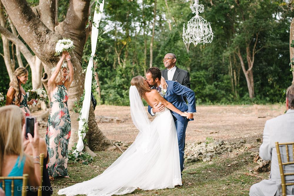 barbados-wedding-photography-halton-greathouse-barbados-ad-90.png