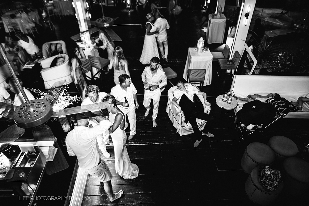 barbados-wedding-photography-Lonestar-Restaurant-km-105.png