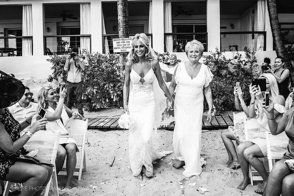 barbados-wedding-photography-Lonestar-Restaurant-km-138.png