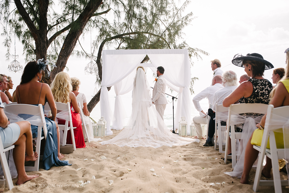barbados-wedding-photography-Lonestar-Restaurant-km-143.png