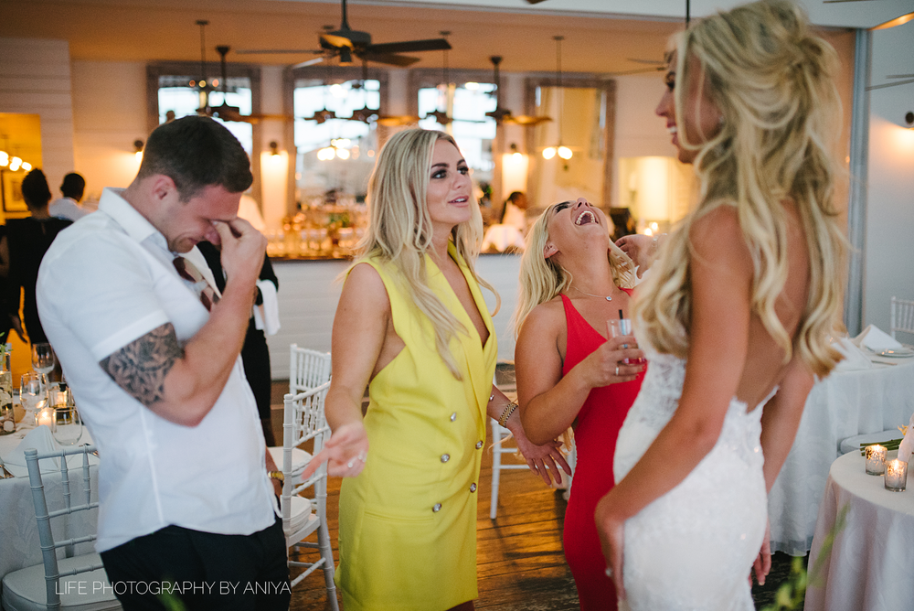 barbados-wedding-photography-Lonestar-Restaurant-km-174.png