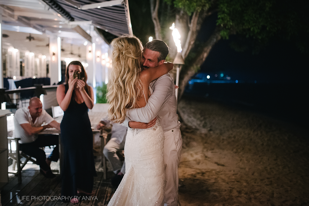 barbados-wedding-photography-Lonestar-Restaurant-km-182.png