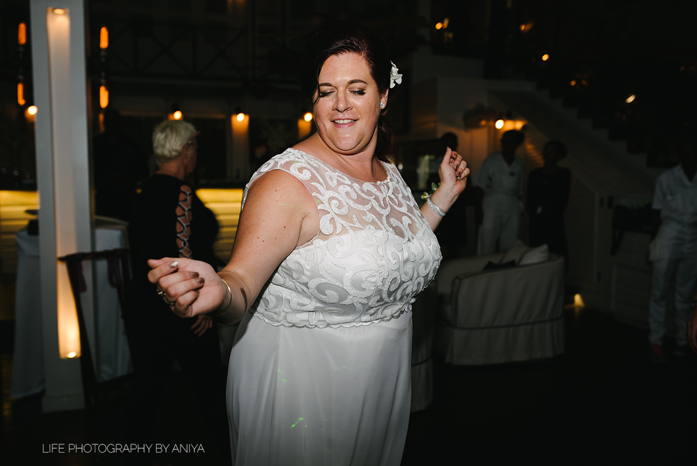 barbados-wedding-photography-Lonestar-Restaurant-km-201.png