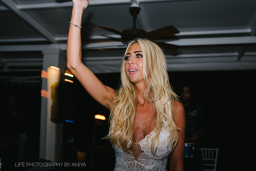 barbados-wedding-photography-Lonestar-Restaurant-km-207.png