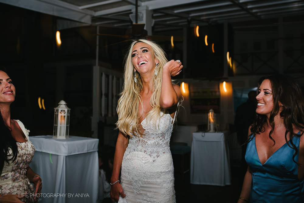 barbados-wedding-photography-Lonestar-Restaurant-km-210.png